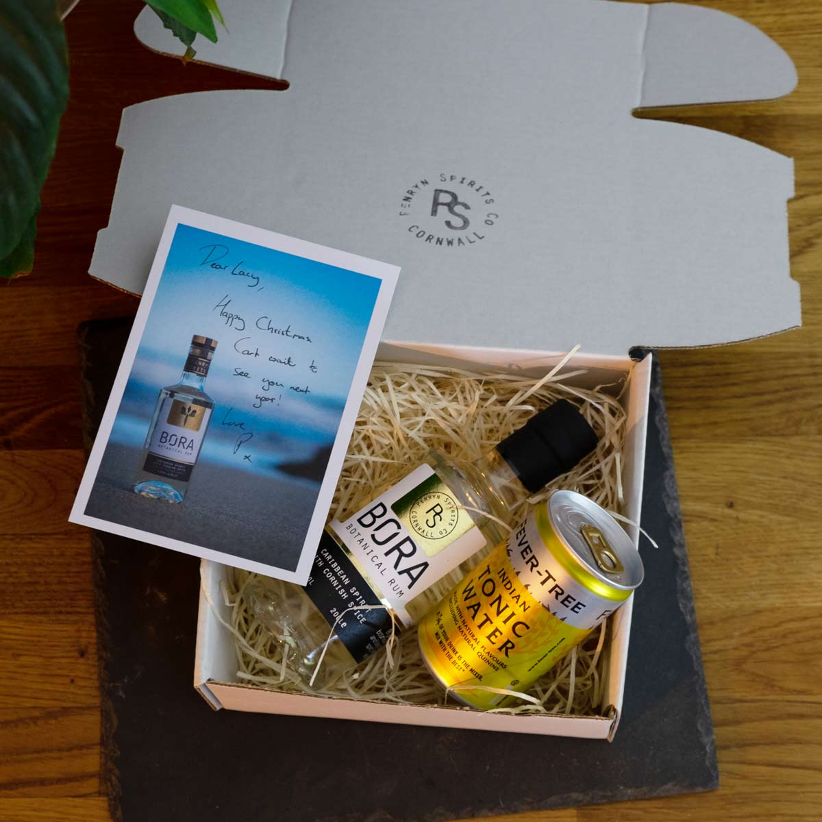BORA and Tonic in a gift pack